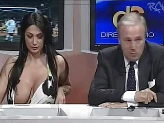 اللانهاية الصبي الهندية كبيرة الثدي مثير bf hd الفيديو يأخذ الأم كل يوم
