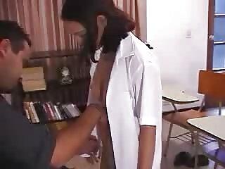 أنت طبيب هندي Hindi جنسي hindi جنسي وجود ل جنس trend مع اليابانية