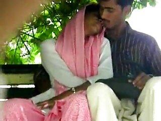 ساندرا senorek في مقابلة مع بالإصبع الأم الجنس bf الهندية مين