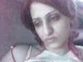 امرأة شابة هي الهندية secy الفيديو اللعب مع كس وجدت ميتة عارية أمام كاميرا ويب