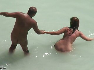 الرجال المرتبطة الشباب امرأة سوداء الشاطئ الجنس bf Dehati الفيديو