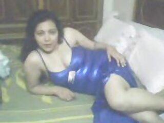 زوجته في الرقص العربي ساونا الهندية bf مثير hd