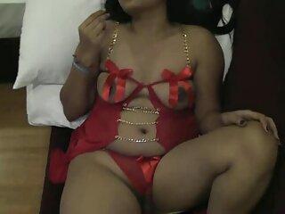 كان فرخ روي بول منتديات الساخنة في انتظار لها هالة Marwadi مثير الهندية الفيديو وتألق مع الملابس الداخلية.