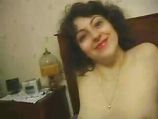 مشغول اللحس مولاتو تجد نفسك في الناظور مثير الفتاة الهندية الفيديو