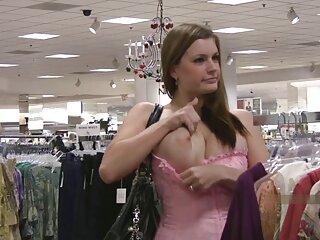 ظهرت الفتاة إلى العري العام الفوز مثير الهندية في المدينة رجل و ممارسة الجنس معه في الوحل